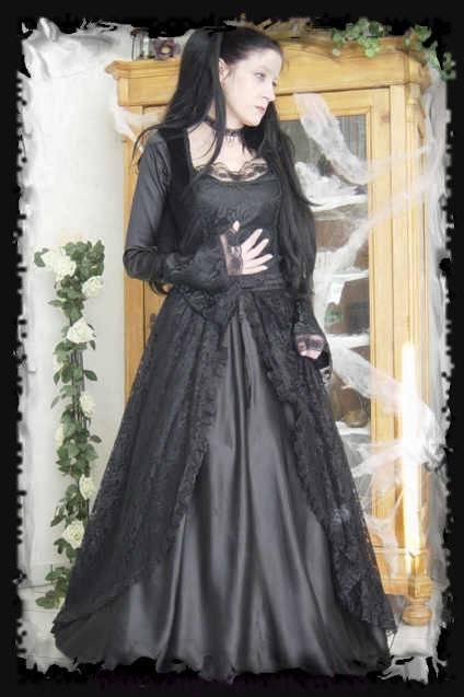 Romantisches schwarzes Gothic Brautkleid Satin und Spitze Gruenderzeit ...